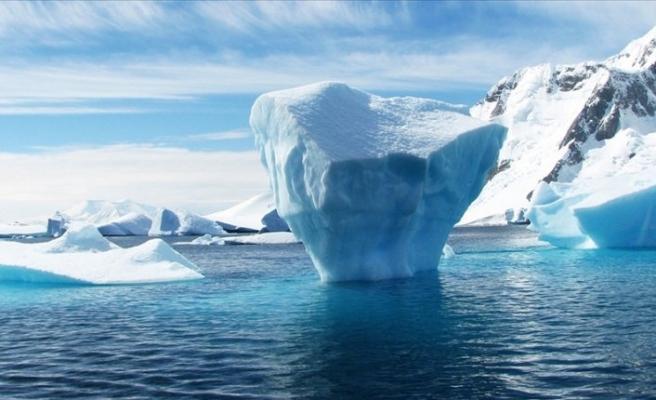 Küresel iklim krizi devam ediyor: Dünyanın en büyük buz dağı eriyor