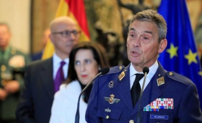 İspanya Genelkurmay Başkanı, sırası gelmeden koronavirüs aşısı yaptırmasının ardından istifa etti