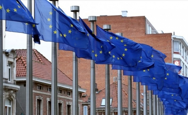 Avrupa Parlamentosu, 672,5 milyar avroluk Covid-19 kurtarma fonunu onayladı