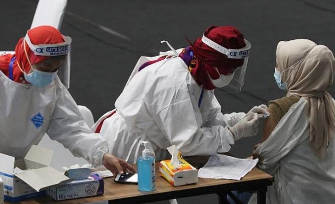 DSÖ: Dünya genelinde Covid-19 aşısı olanların sayısı toplam vakayı geçti