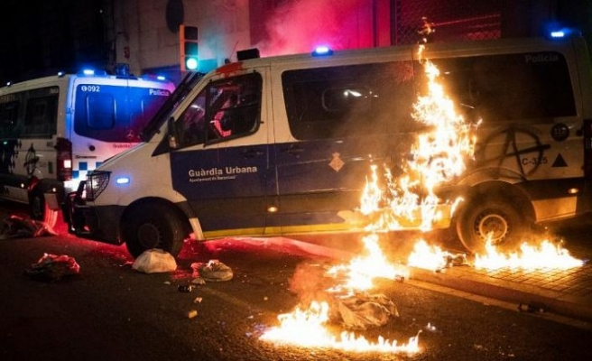 Rapçi Hasel protestoları şiddete dönüştü, 10 kişi tutuklandı