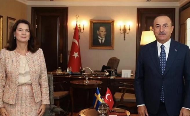 Bakan Çavuşoğlu, İsveçli mevkidaşı Linde ile görüştü
