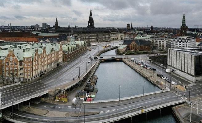 Danimarka'da kapalı sektörler 'korona karnesi' şartıyla yeniden açılıyor