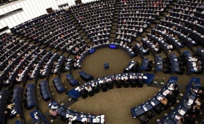 Avrupa Parlamentosu, AB'nin ilk bağlayıcı 'iklim yasasını' onayladı