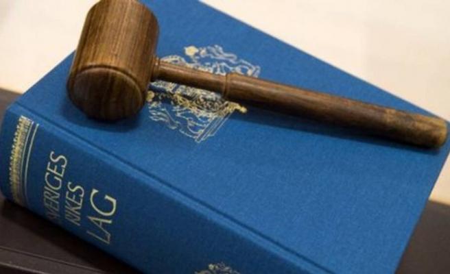 İsveç'te suç işleyen göçmenler için daha kolay sınır dışı edilme önerisi yasalaşıyor