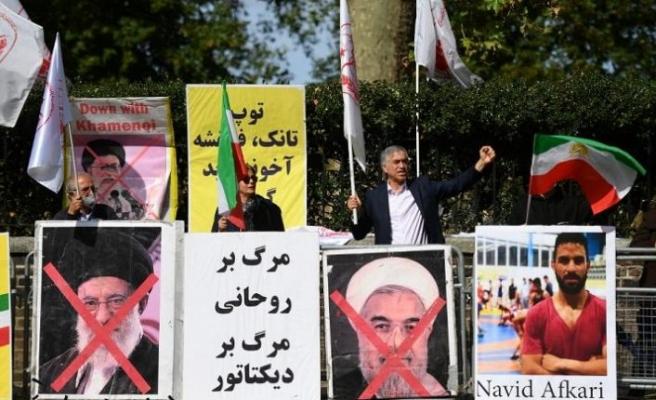 İsveç: İranlı yetkili, Humeyni dönemindeki toplu ölümlerdeki rolünden yargılanacak