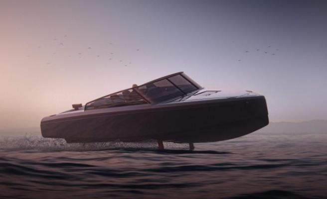 İsveç'te üretilen Candela sürat teknesi C-8 modelini tanıttı