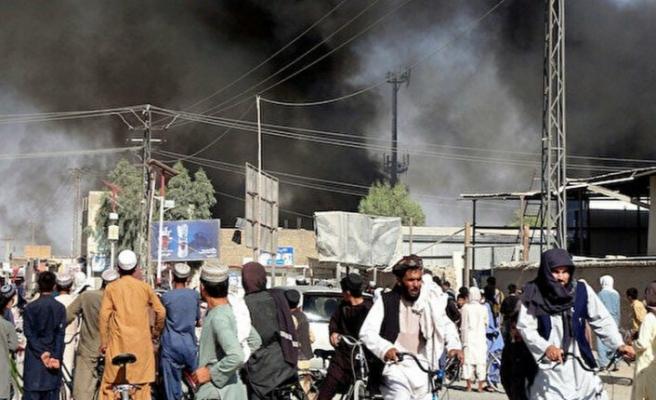 """""""Taliban dört bir yandan başkent Kabil'e girmeye başladı"""""""