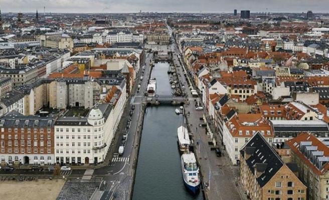 Danimarka'da sosyal yardım alan göçmenlere çalışma şartı getiriliyor