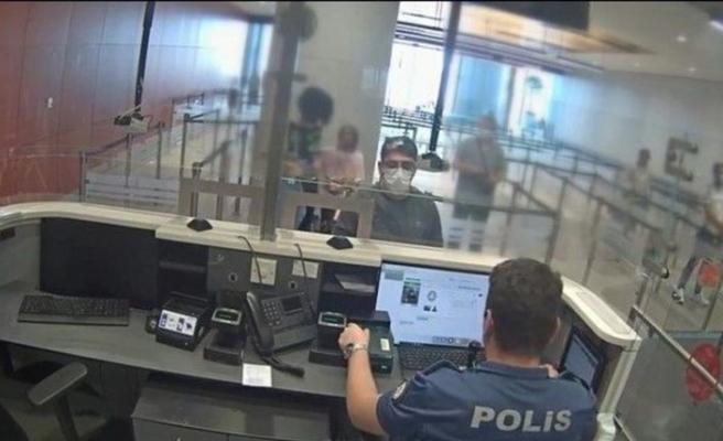 İsveç'ten Türkiye'ye giden  FETÖ firarisi İstanbul Havalimanı'nda yakalandı