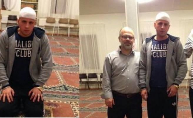 20 yaşındaki İsveçli Müslüman oldu