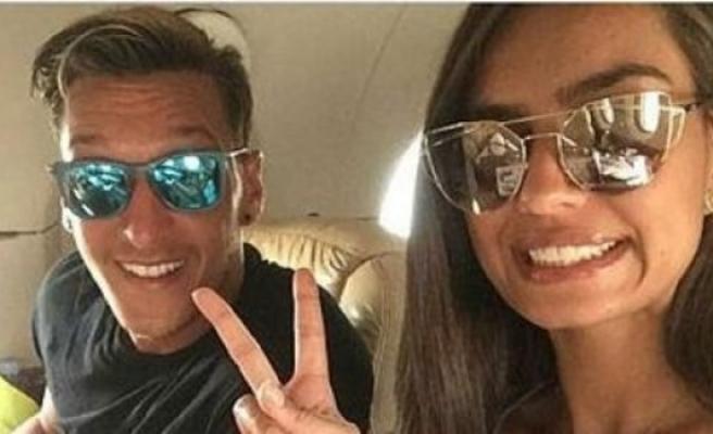 Amine Gülşe ile Mesut Özil'in düğünü İsveç'te bir şatoda yapılacak