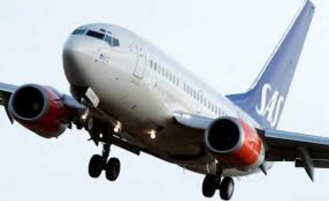 Arlanda'da Korkulu anlar: uçağa yıldırım çarptı