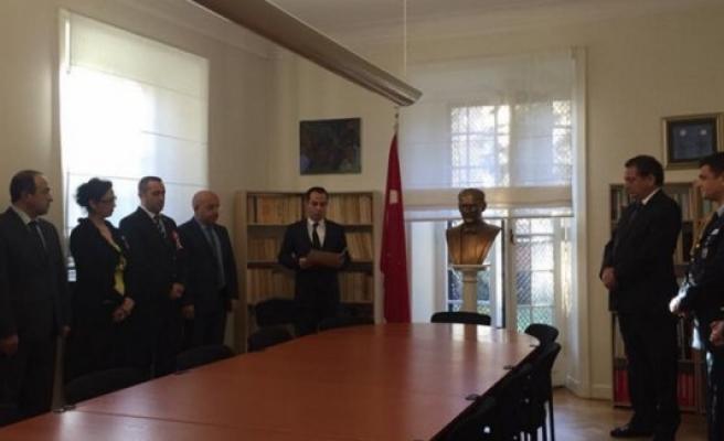 Atatürk, Stockholm Türk Büyükelçiliği'nde törenle anıldı