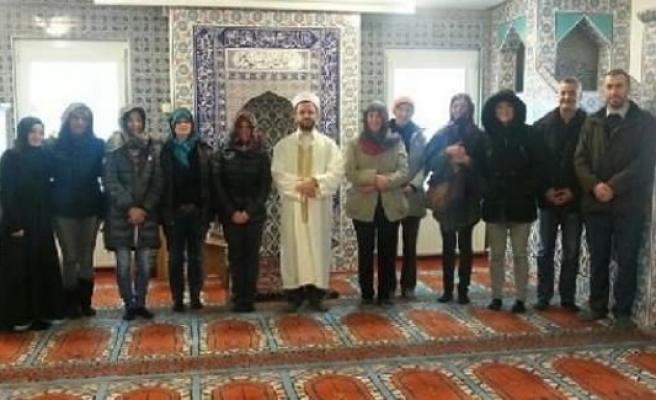 Avrupalı kadınlar müslümanlığı seçiyor