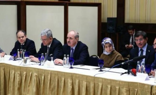 Başbakan Davutoğlu, UETD ile biraraya geldi...FOTO