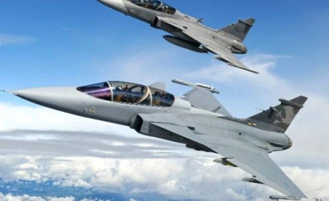 Bulgaristan İsveç'ten 8 Savaş Uçağı Almaya Hazırlanıyor