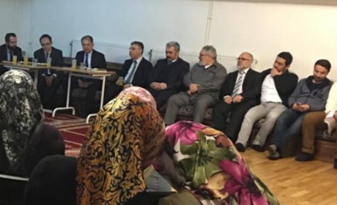 Büyükelçi Yunt, Handen Cami'sini ziyaret etti