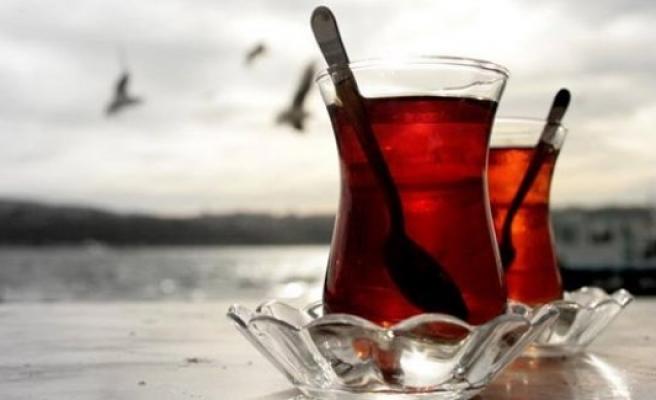 'Düzenli çay içmek hastalıklardan koruyor'