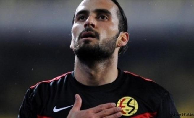 Ersun Yanal, Erkan Zengin için İsveç'e geliyor...