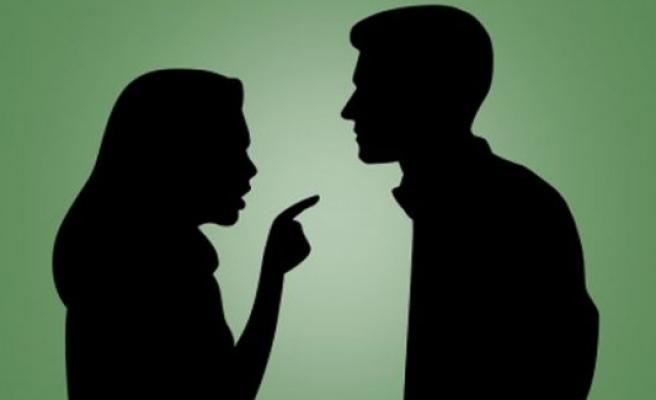Eşinizden gizli bunu yapıyorsanız dikkat, boşanma sebebi!
