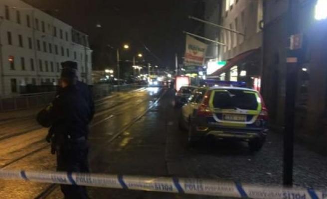 Göteborg'de bir kişi sokak ortasında vuruldu