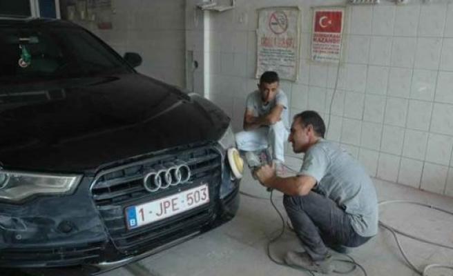 Gurbetçiler arabalarını Türkiye'de tamir ettiriyor