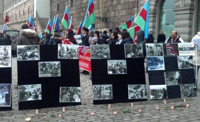 Hocalı Katliamı, İsveç Parlamentosu önünde fotoğraflarla anlatıldı