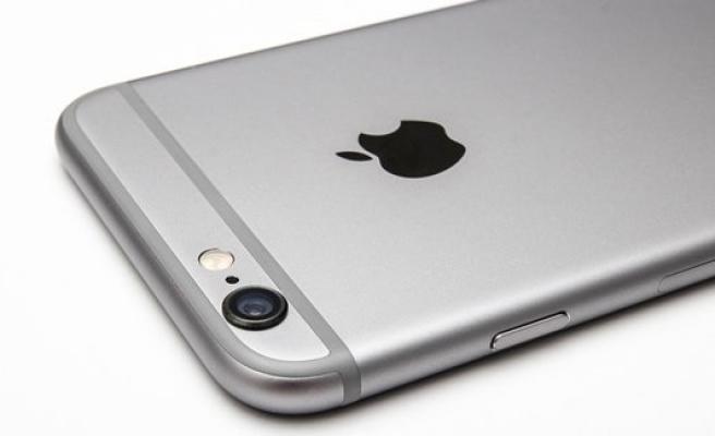 """iPhone """"Kırmızı Ekran"""" Sorunu Nasıl Çözülür?"""