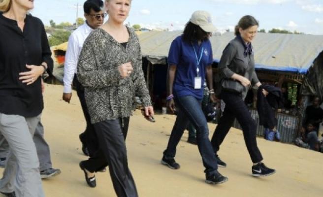 İsveç Dışişleri Bakanı Wallström'den  Arakanlıların Kampına Ziyaret