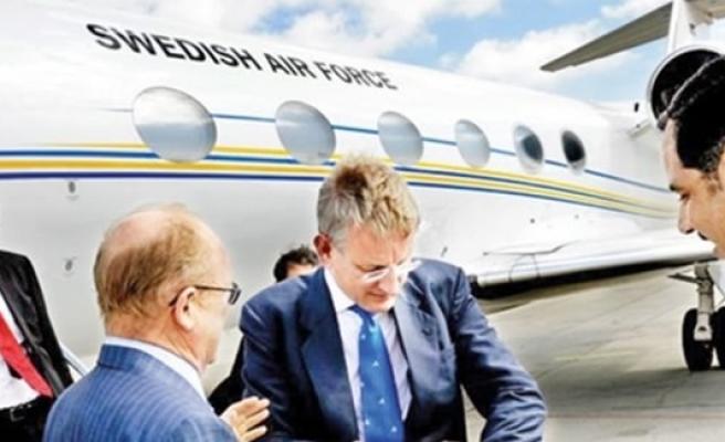İsveç eski Dışişleri Bakanı Carl Bildt'den itiraf: Bir öğrenciyi kaçırdım!