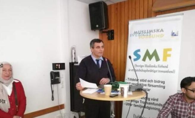 İsveç İslam Federasyonu başkanlığına yeniden Tahir Akan seçildi
