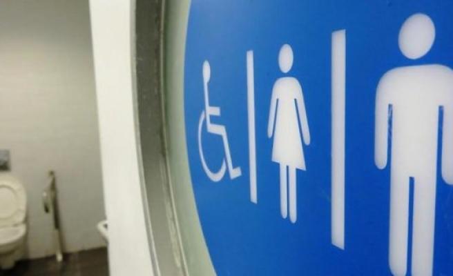 İsveç'te alış-veriş merkezinin tuvaletinde kilitli kalan kadın öldü