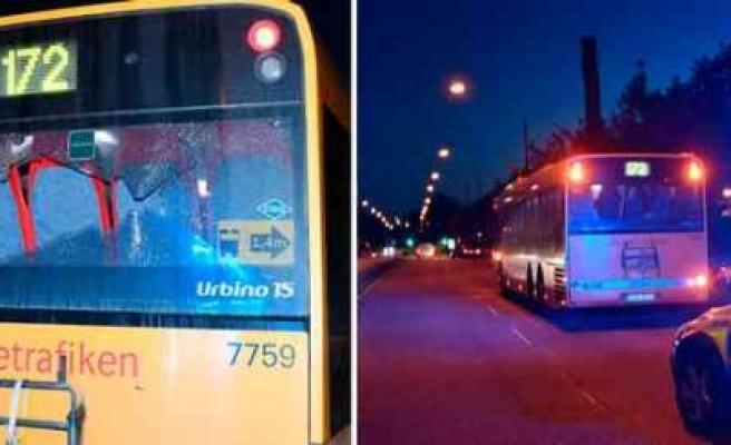 İsveç'te Belediye Otobüsüne Silahlı Saldırı