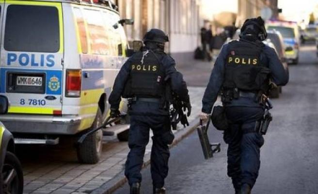 İsveç'te bir kadın kafasından vuruldu