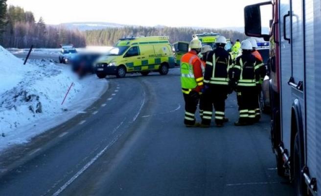 İsveç'te feci kaza: 3 kişi öldü