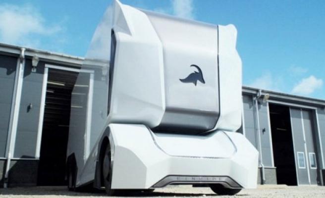 İsveç'te hem elektrikli hem sürücüsüz kamyon