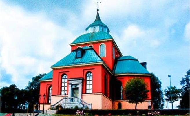 İsveç'te kilisede vaftiz töreni yapılan çocuklarda rekor düşüş