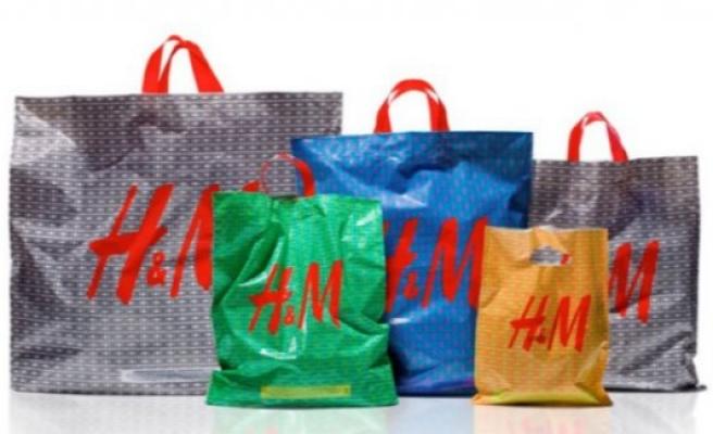 İsveç'te mağaza ve marketlerde naylon poşetler parayla satılacak
