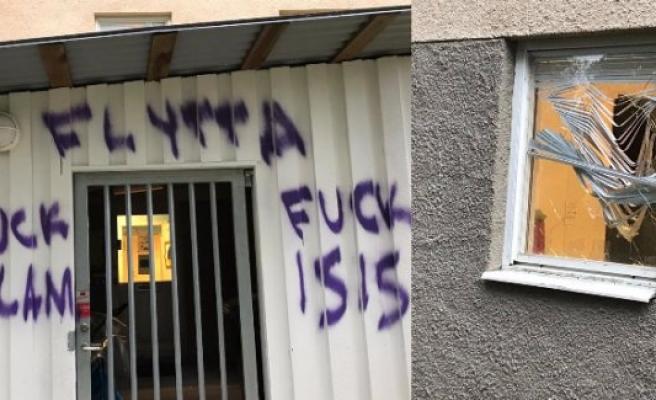 İsveç'te Müslümanlara ait anaokuluna çirkin saldırı
