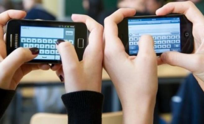 İsveç'te okullarda cep telefonu yasaklandı