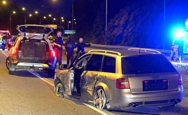 İsveç'te polis kovalamacasının ardından araçtan bakın kim çıktı!