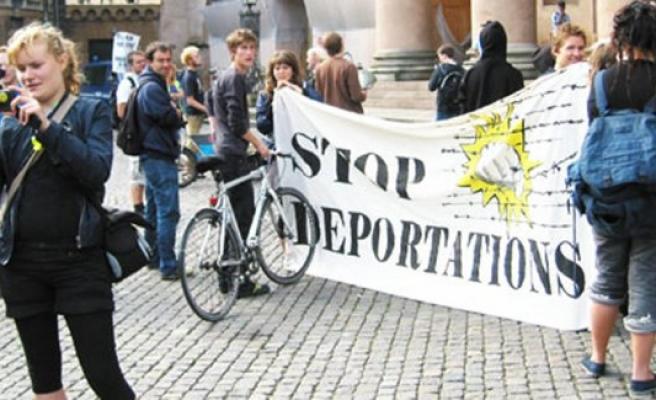İsveç'te sınır dışı edilen 54 bin kişi aranıyor