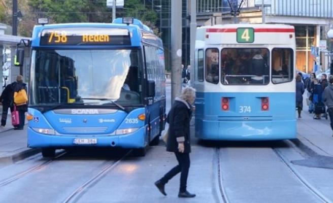 İsveç'te yazın öğrencilere otobüs, tren bedava olacak