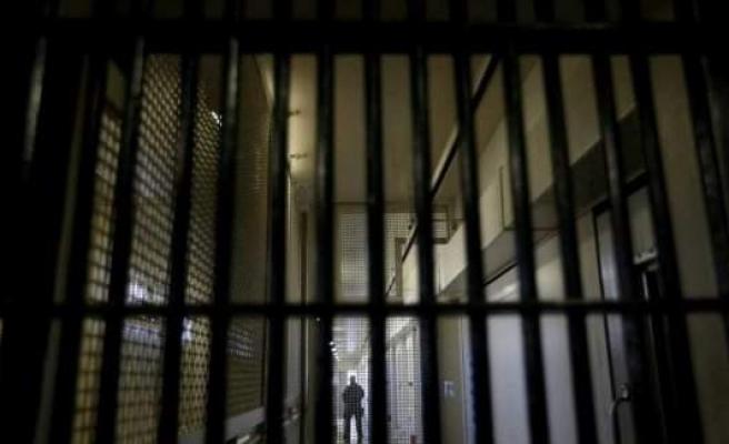 İsveç'te yüzlerce cezaevi hücresi yapılacak