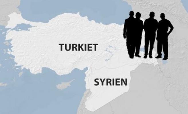 İsveç'ten IŞİD'e katılmak isteyen 4 kişi Türkiye'de yakalandı