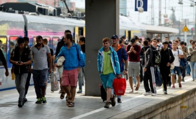İsveç'ten umudunu kesmeye başlayan sığınmacılar dönüyor