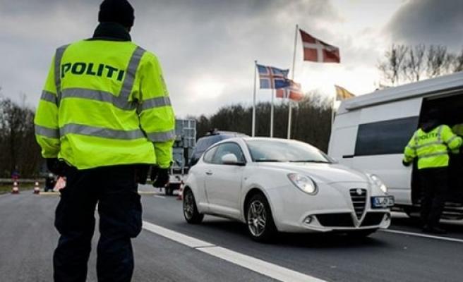 İsveç Ve Danimarka Sınır Kontrollerini Uzattı