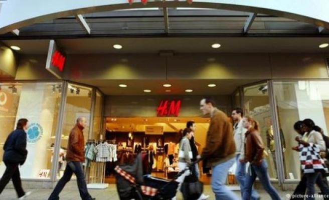 İsveçli giyim firması H&M, mağaza kapatacak!