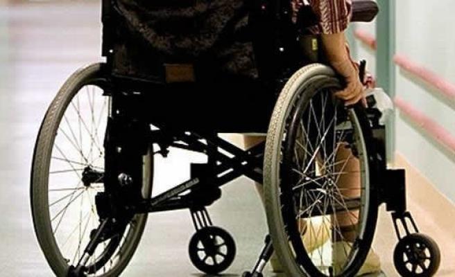 İsveçli kadın, tekerlekli sandalyede diri diri yandı!